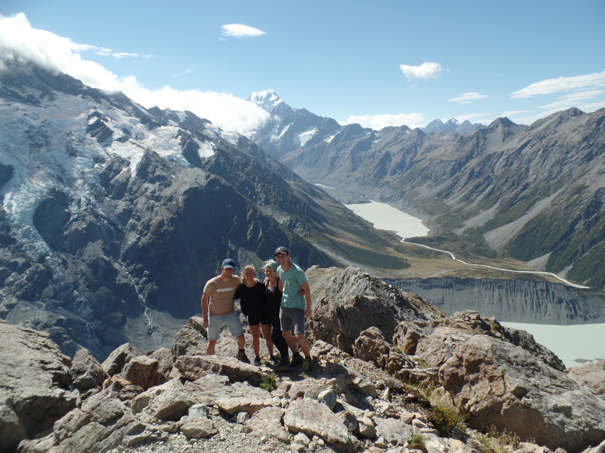 Hiking the Hooker Valley trail and Mueller Hut in Mount Cook National Park, New Zealand